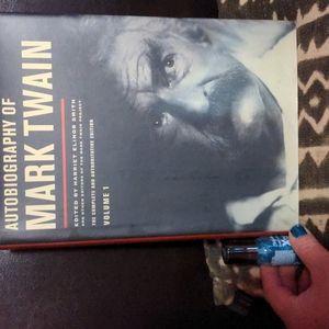 Huge hardcover autobiography of Mark Twain ⭐